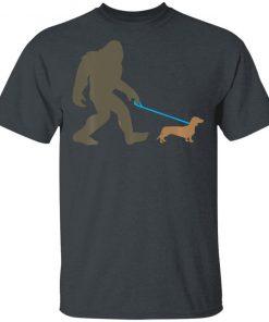 Bigfoot Walking Dachshund Sasquatch Doxie Dog T-Shirt