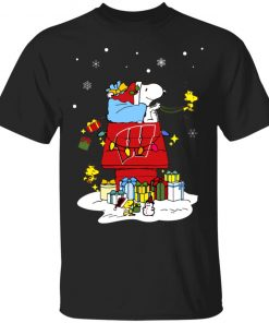 Wisconsin Badgers Santa Snoopy Wish You A Merry Christmas Shirt